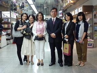 教保書店で、韓国・日本のエージェント、そして書店のみなさんと